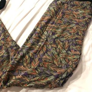 Lularoe tall and curvy feather